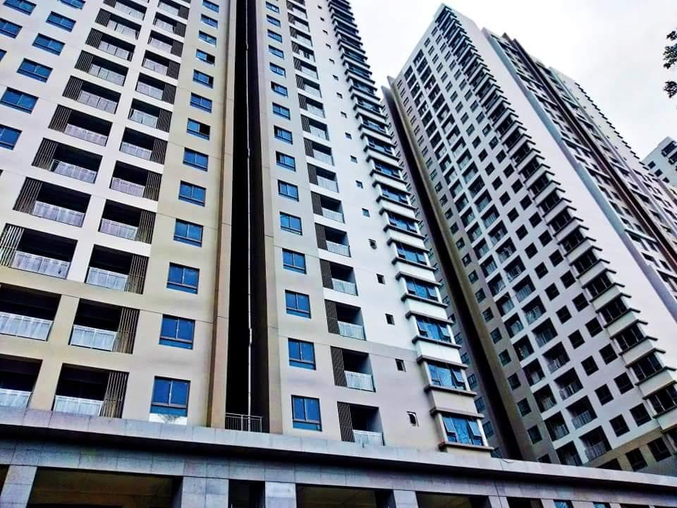 Bán căn hộ 3pn rẻ nhất thị trường, căn góc view thoáng mát. Giá: 3.050 tỷ.Lh: Duy Anh